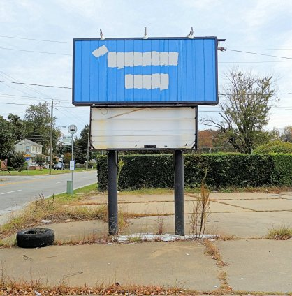 Vacant sign - 2015-10 - 02