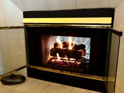 2015-02 - 95 - Fireplace